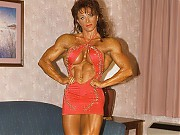 Diana Dennis was chiseled and shows off her great ...