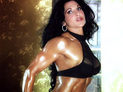 A motivated muscle babe Tracy Daniels ready to suc...